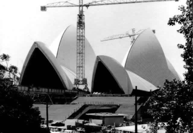 Sydneyopera1.jpg
